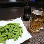 今夜は枝豆とニンニク塩キャベツで一杯、そして寝落ち。